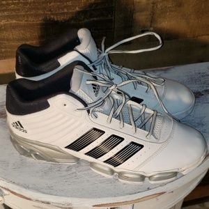 Men's Adidas new without tags :)